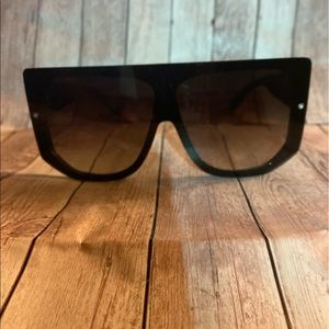Fashion Nova Over the Top Sunglasses NEW